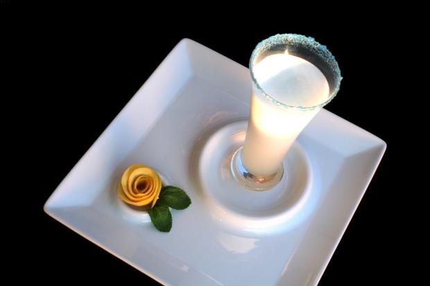 Sorbete de limón con licor de hierbas